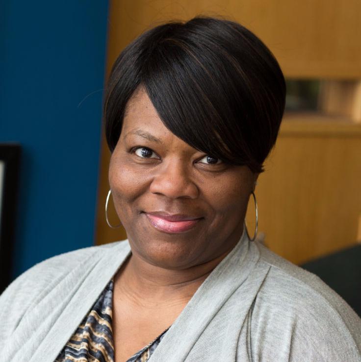 DaKenya Gunn : Compliance Manager